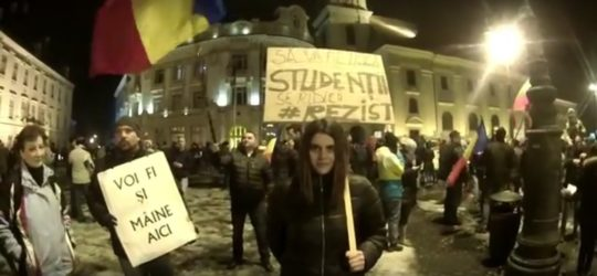 Eu sunt Diana. Am 18 ani și vreau ca România Mea să fie… curată.