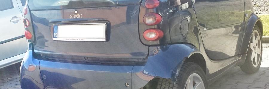 Tu ce faci atunci când loveşti o maşină în parcare?